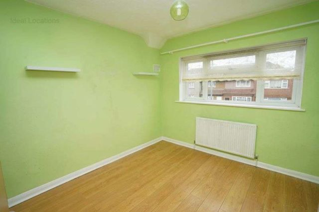 Image of 3 Bedroom Terraced for sale at Marston Avenue  Dagenham, RM10 7JX