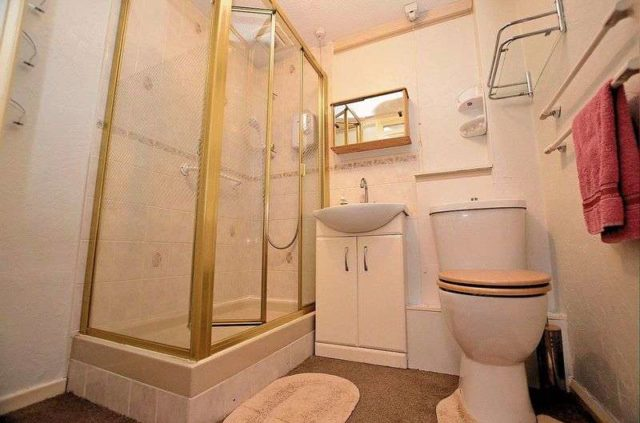 Image of 2 Bedroom Flat for sale at Sandon Road  Smethwick, B66 4AD