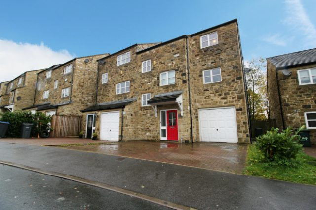 Image of 4 Bedroom Semi-Detached for sale in Keighley, BD22 at Pepper Hill Lea, Keighley, BD22