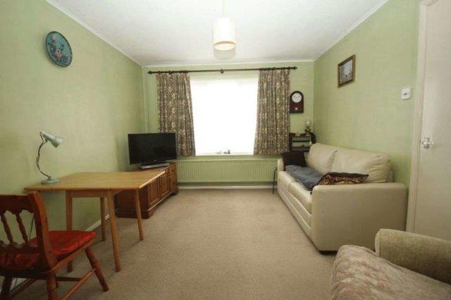 Image of 3 Bedroom Semi-Detached for sale at Le Temple Road Paddock Wood Tonbridge, TN12 6HY