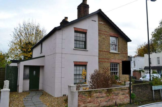 Image of 2 Bedroom Cottage to rent in Anerley, SE20 at Albert Road, London, SE20