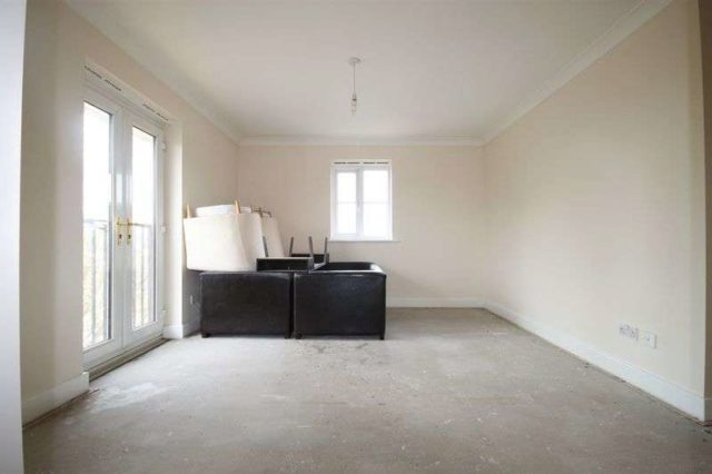 Image of 2 Bedroom Flat for sale at Pelham Place  London, W13 0HT