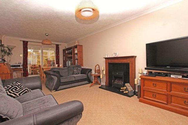 Image of 4 Bedroom Detached for sale at Primrose Way  Romsey, SO51 7RF