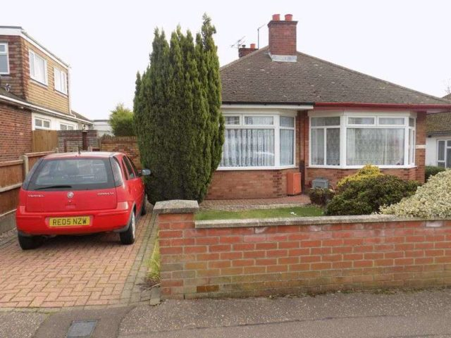 Image of 2 Bedroom Detached for sale at Chestnut Avenue Bradwell Great Yarmouth, NR31 8PL