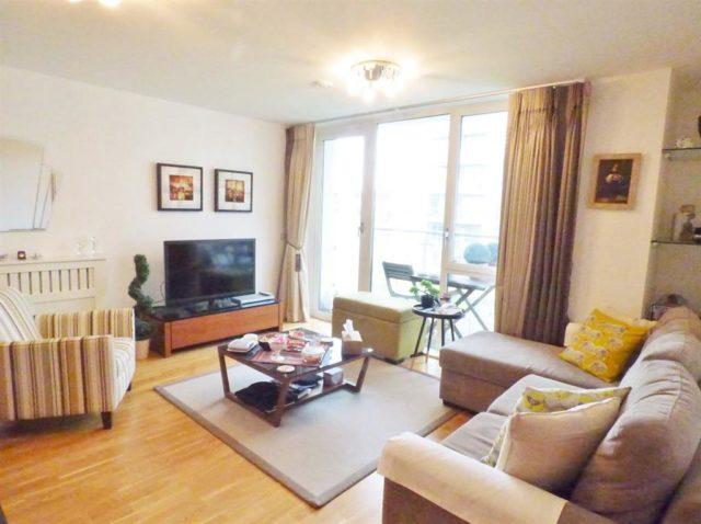 Image of 2 Bedroom Flat for sale in Brentford, TW8 at Clayponds Lane, Brentford, TW8