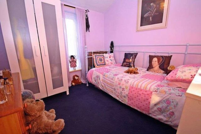 Image of 3 Bedroom Terraced for sale at Hobart Lane  Hayes, UB4 9NL