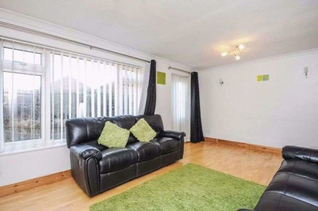 Image of 3 Bedroom Terraced to rent at Boarlands Close  Slough, SL1 5DD