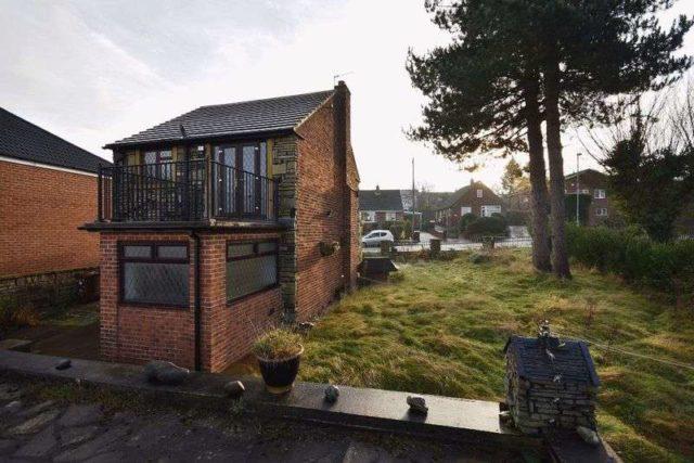 Image of 3 Bedroom Detached for sale at Hollin Lane Crigglestone Wakefield, WF4 3EG