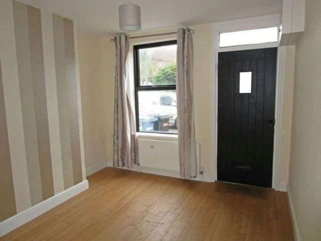 Image of 3 Bedroom Terraced to rent in Lowestoft, NR32 at Holly Road, Lowestoft, NR32