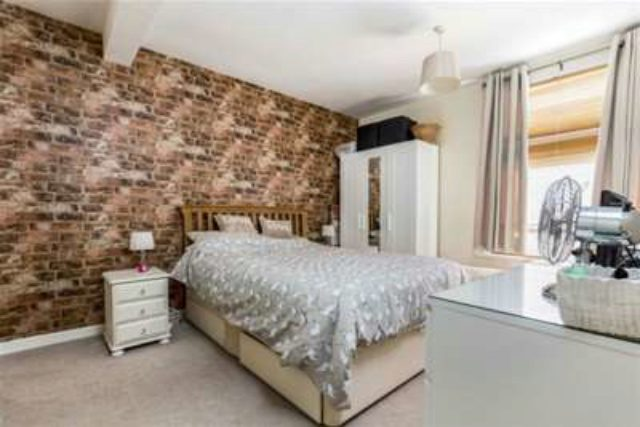 Image of 2 Bedroom Detached to rent at Southsea, PO4 8EG
