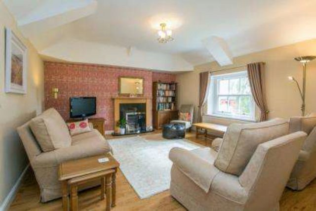 Image of 2 Bedroom Flat for sale in Ripon, HG4 at Park Street, Ripon, HG4