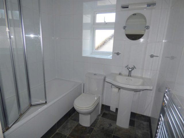 Image of 1 Bedroom Flat to rent at Southampton Hampshire Southampton, SO17 3SS