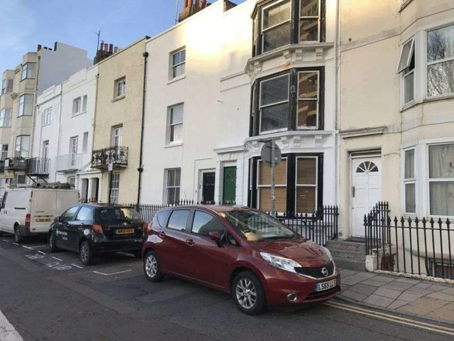 Image of 2 Bedroom Property to rent at Russell Square  Brighton, BN1 2EE