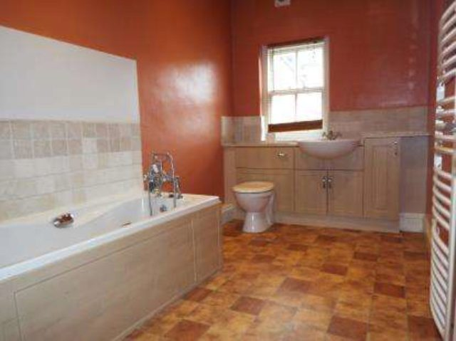 Image of 2 Bedroom Flat for sale in Ripon, HG4 at Westgate, Ripon, HG4