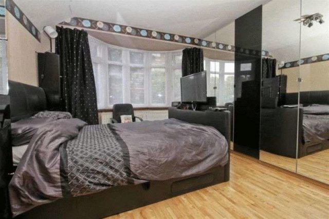 Image of 3 Bedroom Semi-Detached for sale in Greenford, UB6 at Greenford Road, Greenford, UB6
