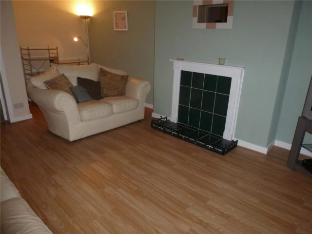 Image of 1 Bedroom Flat to rent at Annbank South Ayrshire South Ayrshire, KA6 5EF