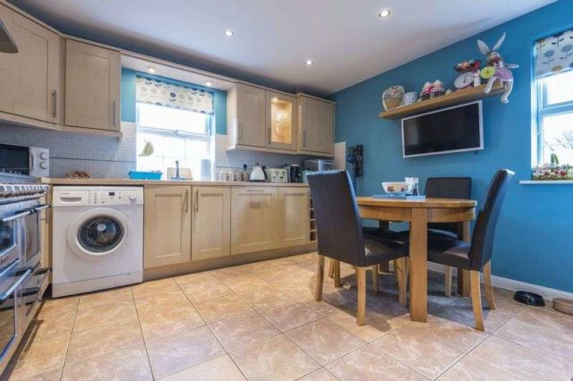 Image of 3 Bedroom Semi-Detached for sale at Conwy Grove  Newport, NP10 8HW