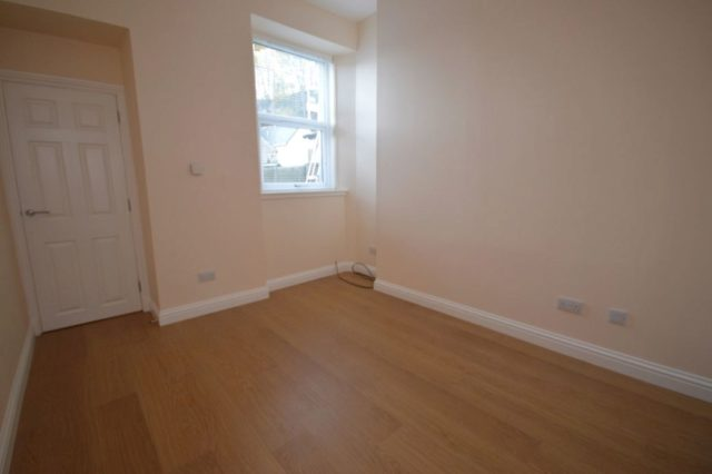 Image of 1 Bedroom Flat to rent in Inverness, IV2 at Fraser Street, Haugh, Inverness, IV2