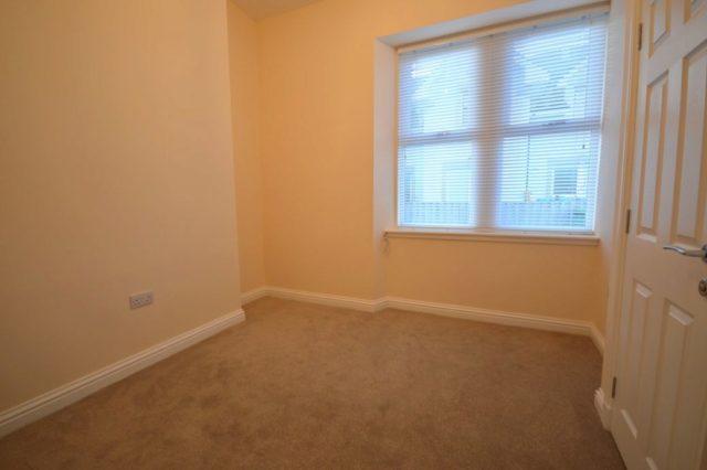 Image of 1 Bedroom Flat to rent in Inverness, IV2 at Fraser Street, Haugh, Inverness, IV2