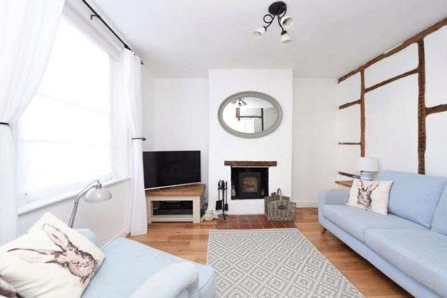 Image of 2 Bedroom Detached for sale in Newbury, RG20 at George Street, Kingsclere, Newbury, RG20