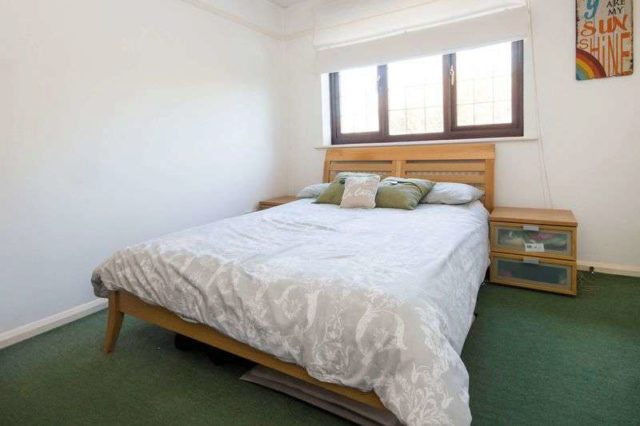 Image of 2 Bedroom Terraced for sale at Winchester Way Totton Southampton, SO40 8JS