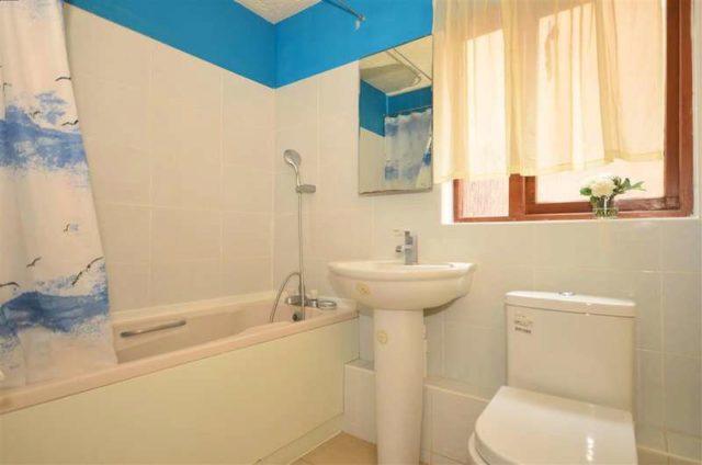 Image of 1 Bedroom Flat for sale in Barking, IG11 at Waterside Close, Barking, IG11