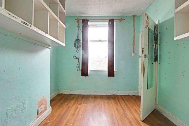 Image of 3 Bedroom Terraced for sale in Beverley, HU17 at Grovehill Road, Beverley, HU17