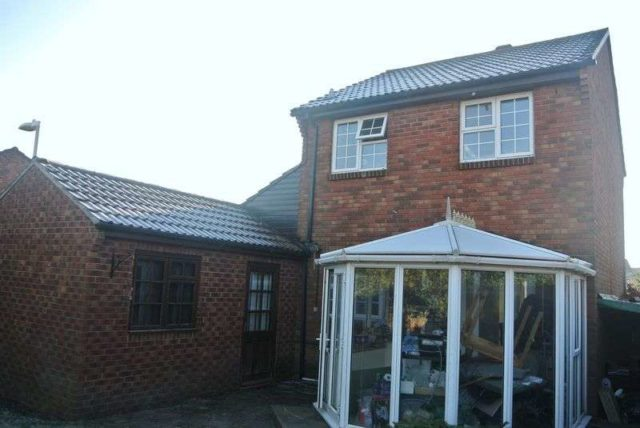 Image of 3 Bedroom Detached for sale in Thatcham, RG19 at Brent Close, Thatcham, RG19