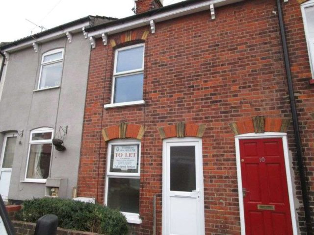 Image of 2 Bedroom Terraced to rent in Lowestoft, NR32 at Clarence Road, Lowestoft, NR32