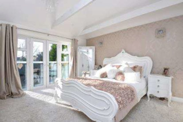 Image of 5 Bedroom Detached for sale in Chislehurst, BR7 at Marlings Park Avenue, Chislehurst, BR7