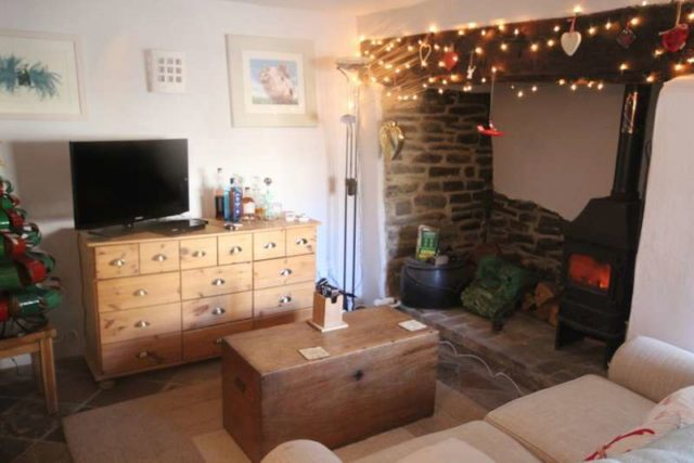Image of 2 Bedroom Property for sale at SOUTH MOLTON STREET  CHULMLEIGH, EX18 7BW