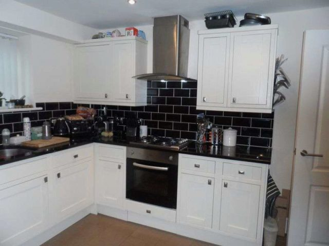 Image of 3 Bedroom Property to rent at Ridley Wood Wrexham, LL13 9UW
