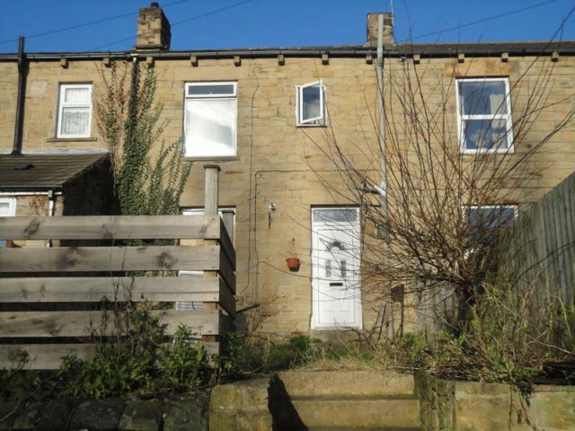 Image of 1 Bedroom Property for sale at France Street  Batley, WF17 6NU