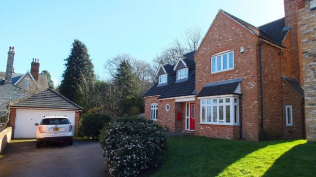 Image of 4 Bedroom Detached to rent at White Holme Drive Pool in Wharfedale Otley, LS21 1TX