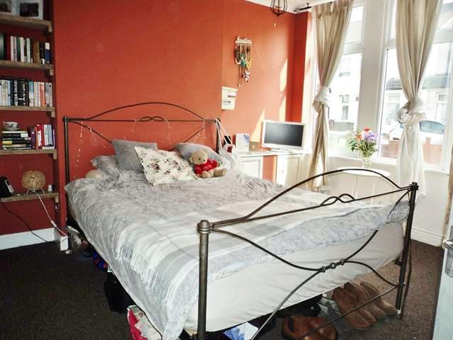Image of 2 Bedroom Terraced for sale at Lincoln Street Canton Cardiff, CF5 1JX