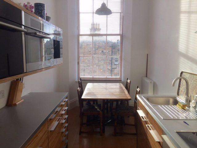 Image of 3 Bedroom Flat to rent at New Town Edinburgh Edinburgh, EH3 6RX