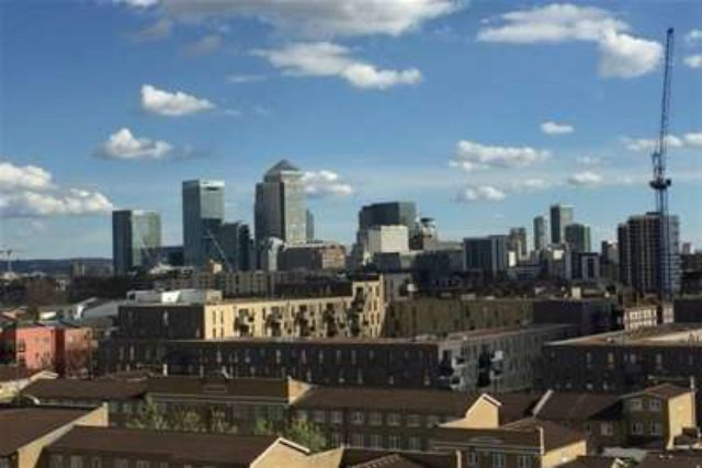 Image of 2 Bedroom Flat to rent in Shadwell, E1 at Killick Way, London, E1