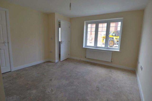 Image of 2 Bedroom Semi-Detached for sale at Honeysuckle Way  Birmingham, B45 9AN
