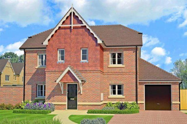 Image of 4 Bedroom Detached for sale at Horsham West Sussex Horsham, RH13 9AT