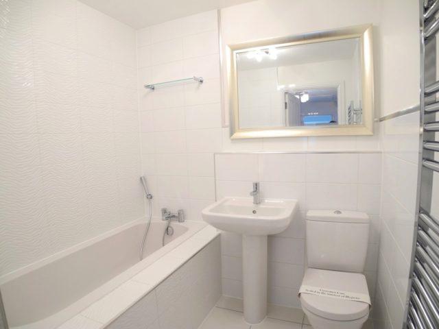 Image of 3 Bedroom Semi-Detached to rent in Bungay, NR35 at Waterside Drive, Ditchingham, Bungay, NR35