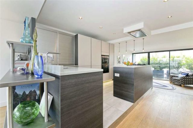 Image of 3 Bedroom Flat for sale in City of London, EC1N at Hatton Garden, London, EC1N