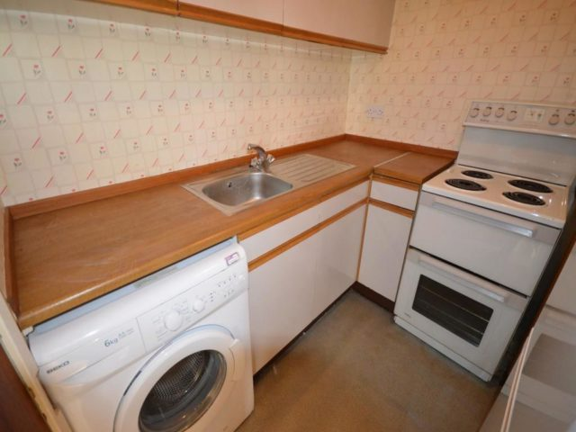 Image of 1 Bedroom Flat to rent in Inverness, IV2 at Crown Avenue, Inverness, IV2