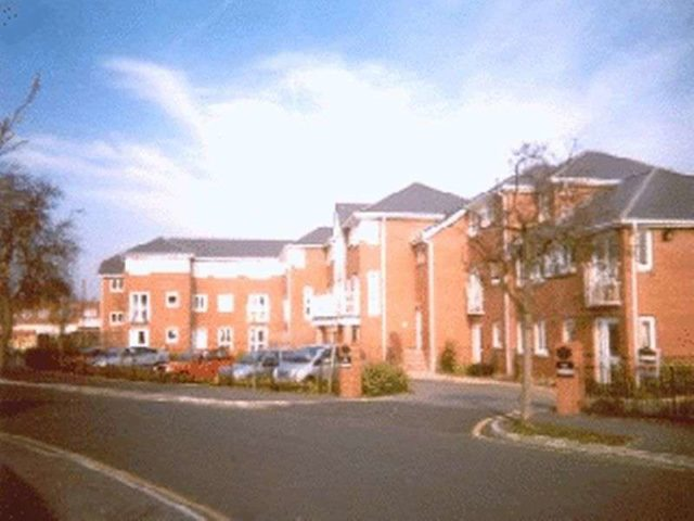 Image of 1 Bedroom Retirement Property for sale at Bedford Drive off Stockport Road, Timperley Altrincham, WA15 7UU