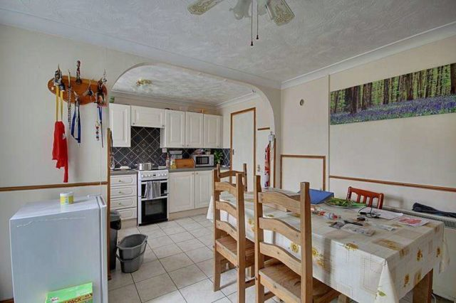 Image of 3 Bedroom Terraced to rent in Brandon, IP27 at Heath Road, Brandon, IP27