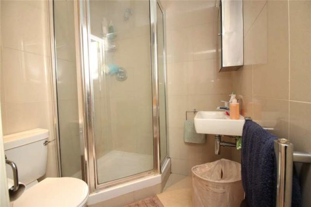 Image of Apartment to rent at London  Finchley Central, N3 2DN
