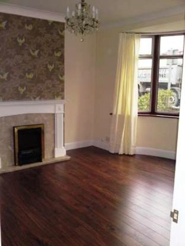 Image of 3 Bedroom Semi-Detached to rent at Romford, RM7 7JS