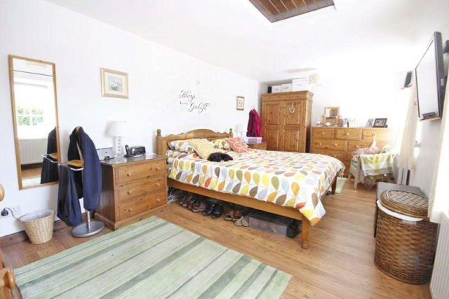 Image of 2 Bedroom Property for sale at Waterditch Road  Christchurch, BH23 8JX