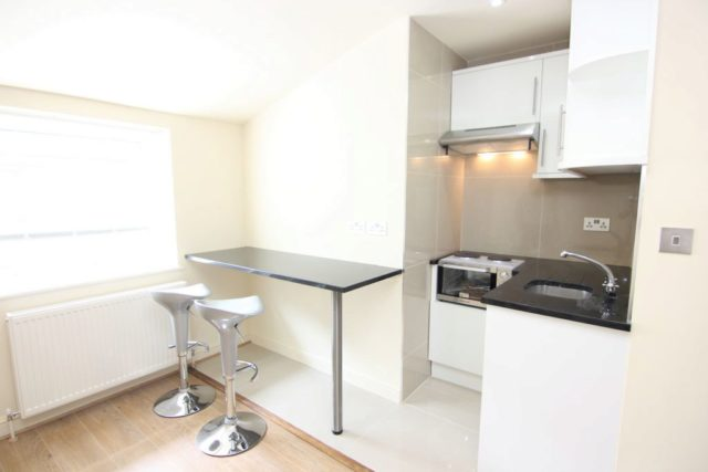 Image of Flat to rent in Streatham, SE27 at Station Rise, London, SE27