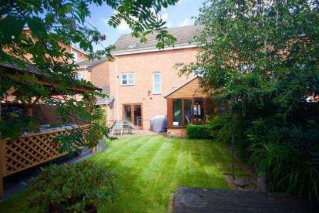 Image of 4 Bedroom Semi-Detached for sale at Carrington Nottinghamshire Woodthorpe, NG5 1QS