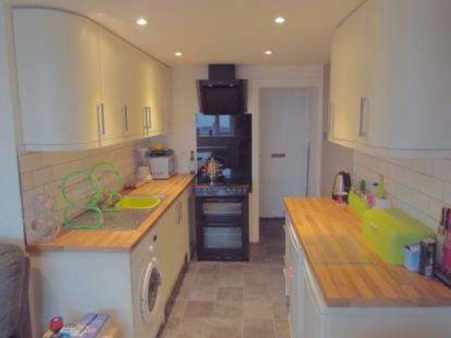 Image of 1 Bedroom Flat for sale in Bodmin, PL31 at Beacon Road, Bodmin, PL31